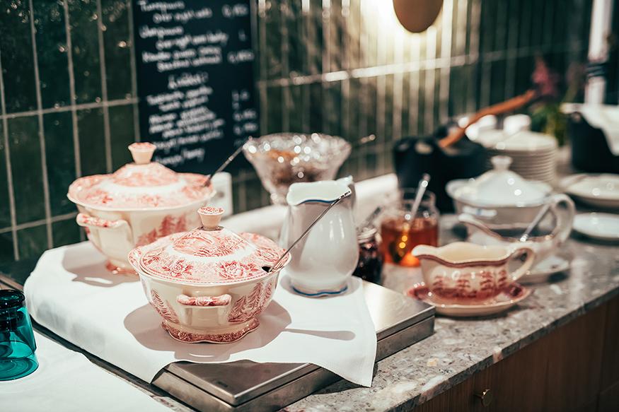 Folkshotel_breakfast_albina_restaurant